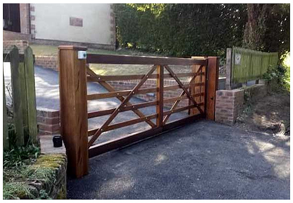 automatic and elecrit gate installers and servicing